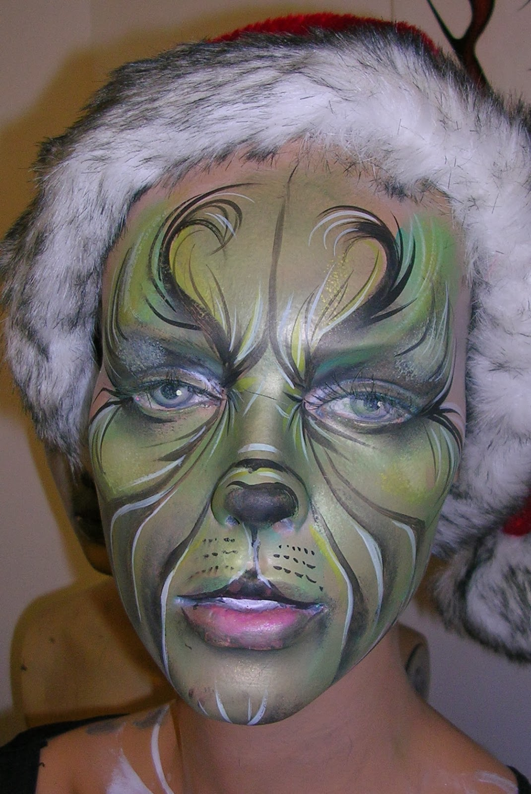 The grinch face paint christmas face paint design