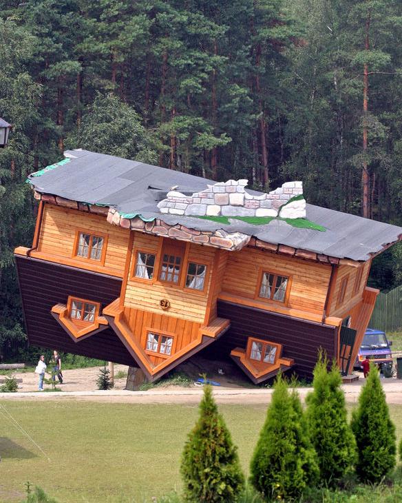 Misturando tudo vou come ar a projetar assim - Houses attic families children ...