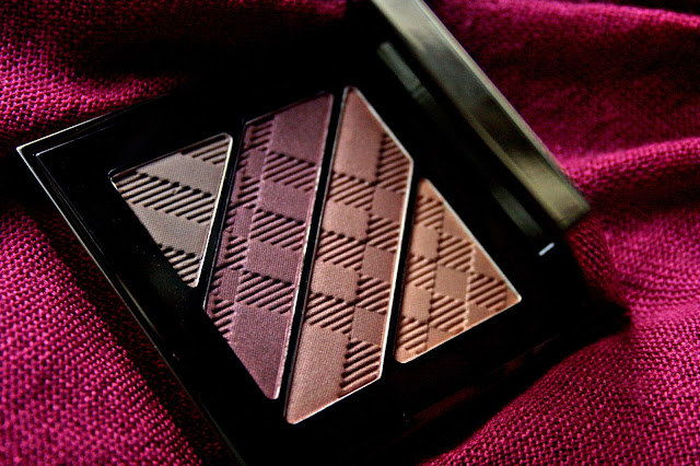 Burberry Complete Eye Palette in Plum Pink Review, Photos & Swatches