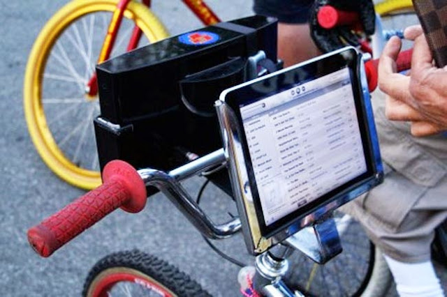 Awesome and Coolest Bike Gadget Holders (15) 8
