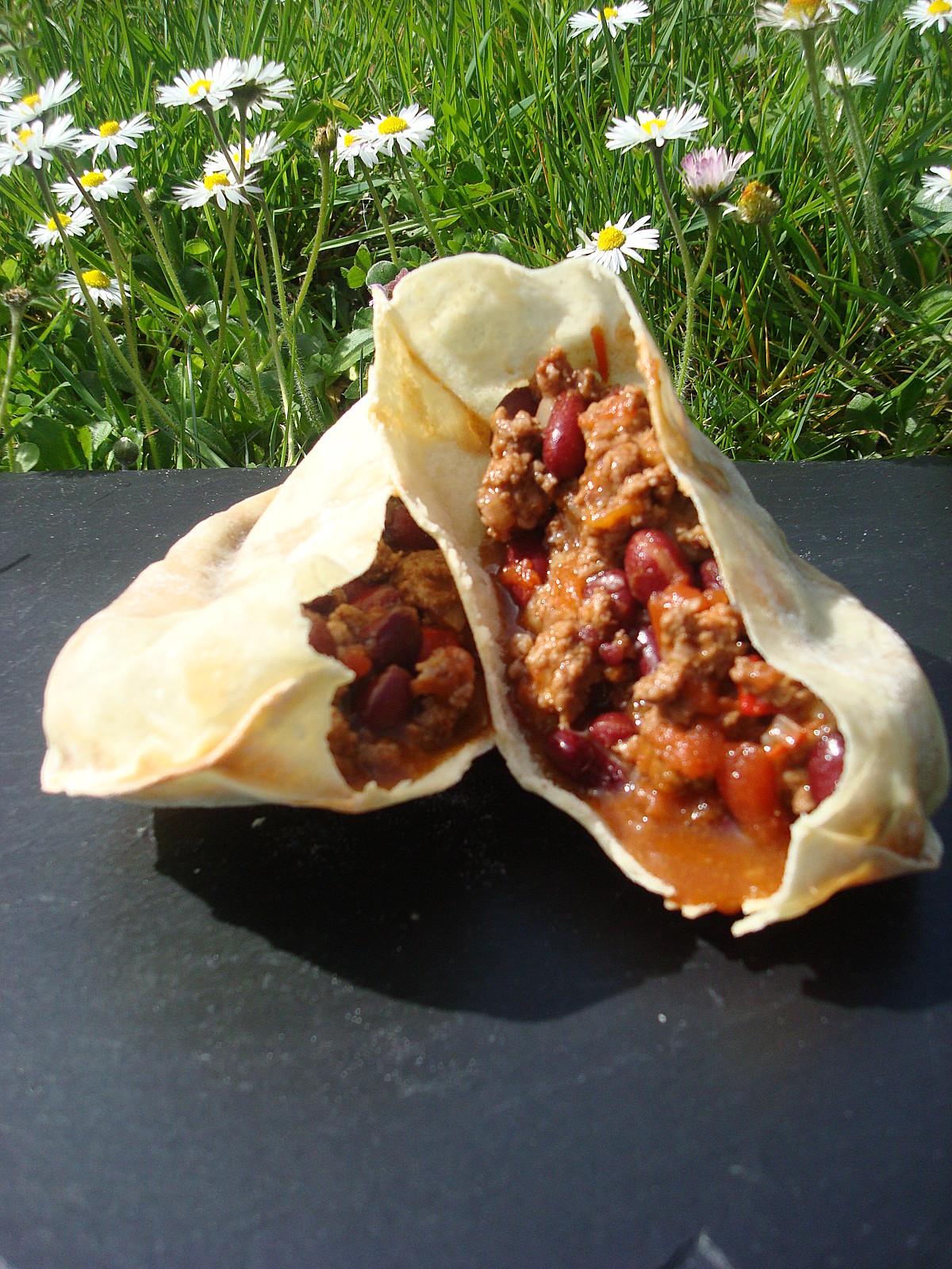 Chili con carne dans son pain pita le soleil dans l 39 assiette - Chili con carne maison ...