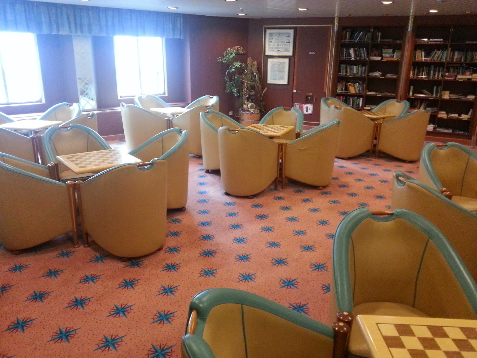 Hurtigruten MS Richard With - Stokmarknes Library