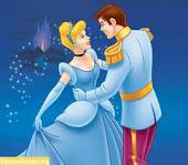 Nosotras no buscamos un príncipe azul, solo queremos a un chico que nos trate como una princesa.