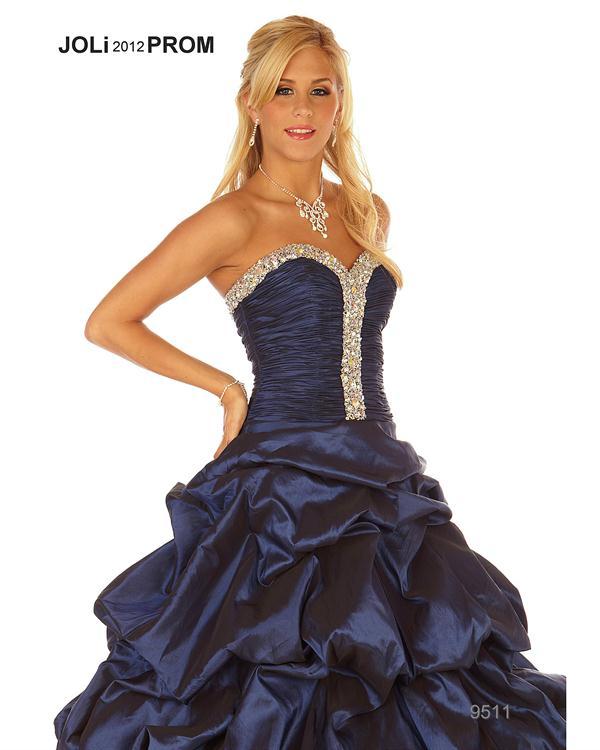 foto de vestido de 15 años color azul oscuro