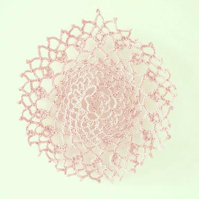 ByHaafner, crochet, doily, pink, pastel,