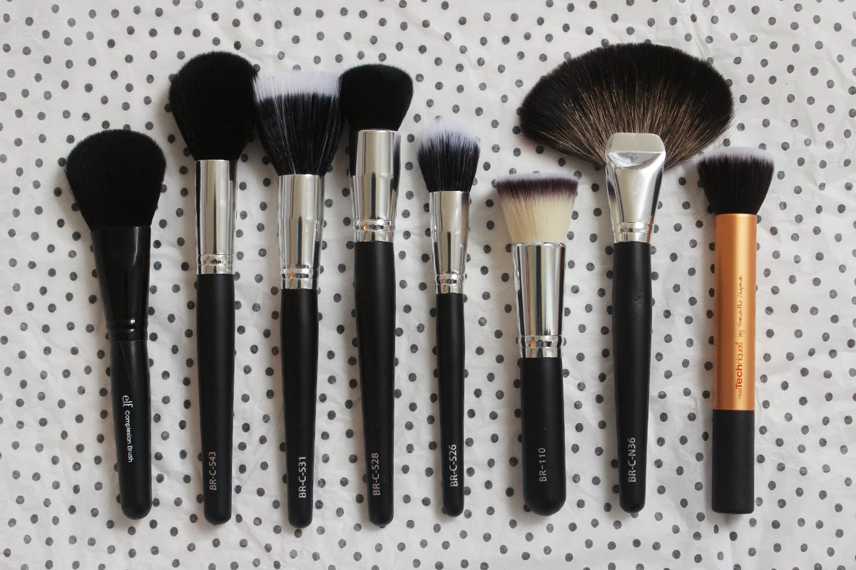 coastal scents brushes. i wanted to show the full length of these brushes compared some other face in my collection that are quite popular. on far left you can see coastal scents