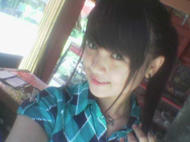 Gadis indonesia cewek indonesia cewek cantik 17 tahun gadis