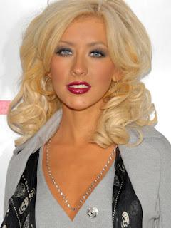 Christina Aguilera Hair Color
