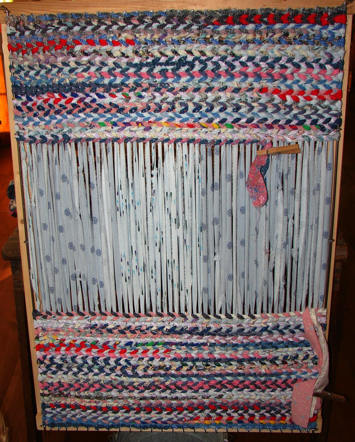 Fabric Rug Making The Country Farm Home Rag Rugs A Delta Folk Art