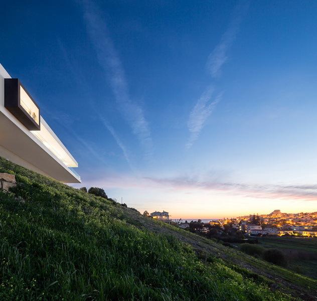 Nature around Modern Villa Escarpa by Mario Martins