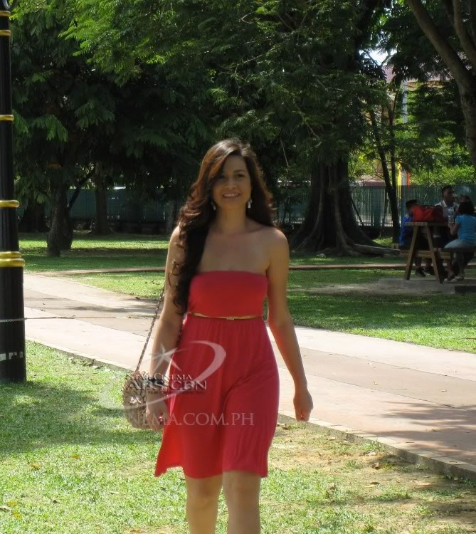 bea alonzo sexy in red dress 02