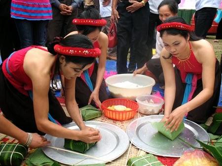 Vietnamese Square Cake (Bánh Chưng)2