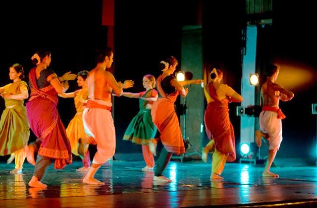 Attakkalari India Biennial