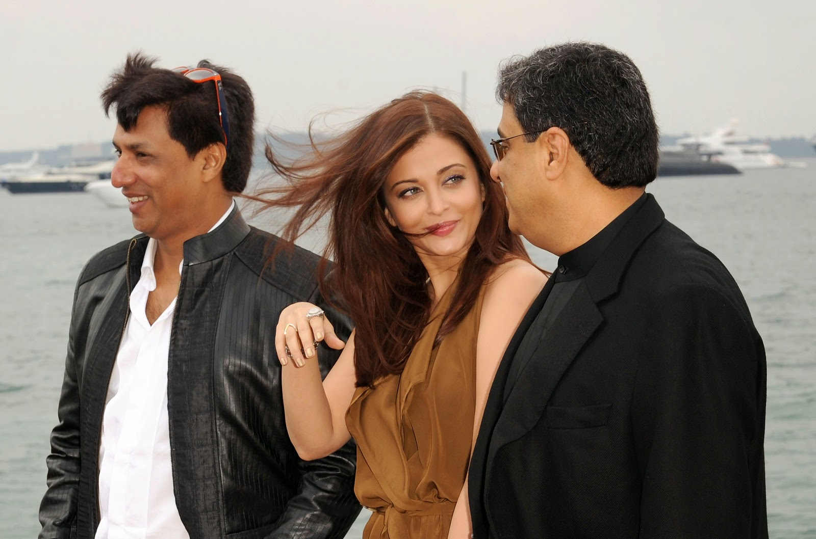 Aishwarya Rai Full HD Images - 64th Annual Cannes Film Festival - Photocall