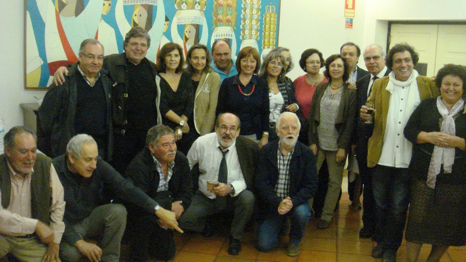 """A CAMBADA DOS 70´S NO 4º ENCONTRO- 26 OUT 2013""""Liceu em Revista"""" no Cine Teatro Paraíso"""