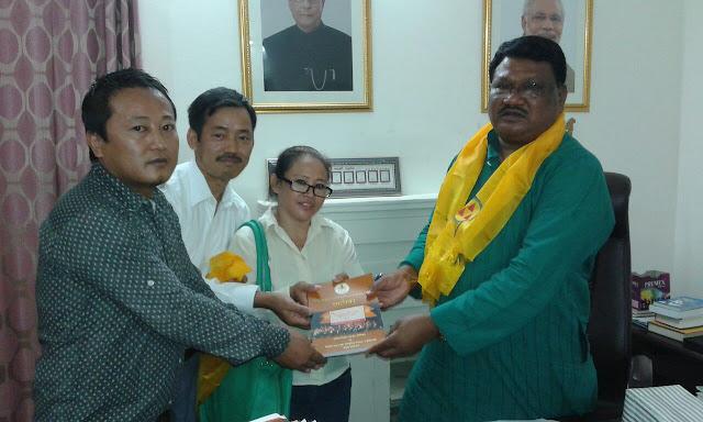 KKRSS met tribal minister Jual Oram at Delhi