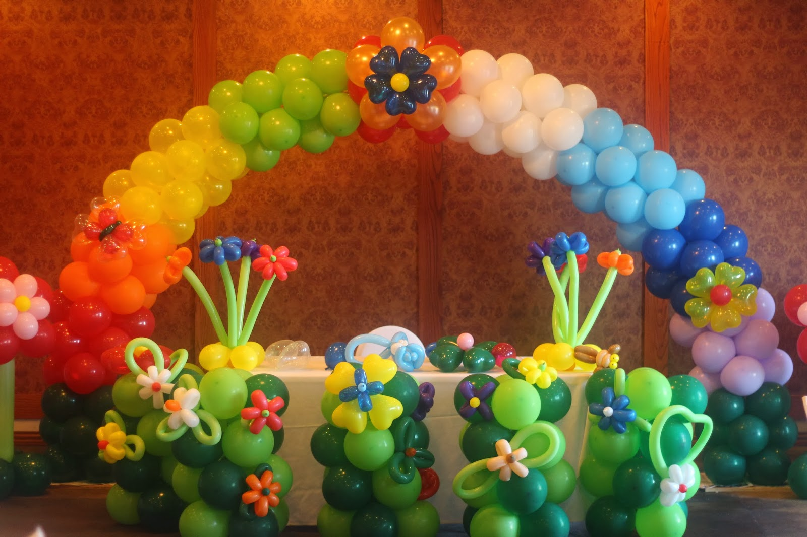 Birthday party organizer balloon decorations in delhi for Arch balloons decoration