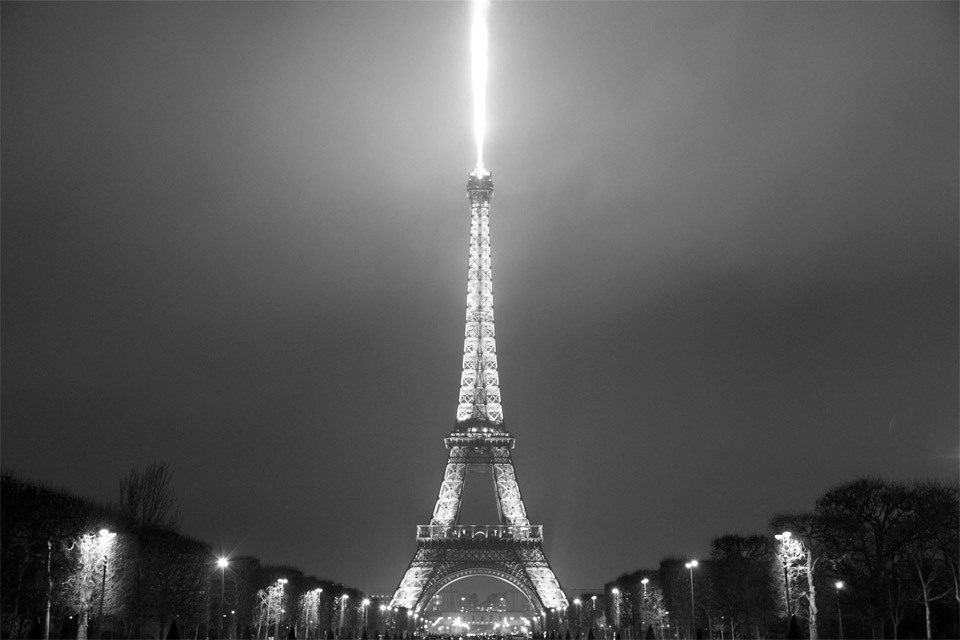 Lightning Eiffel Tower black and white Photo