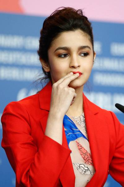 Movie Reviews Alia Bhatt 1