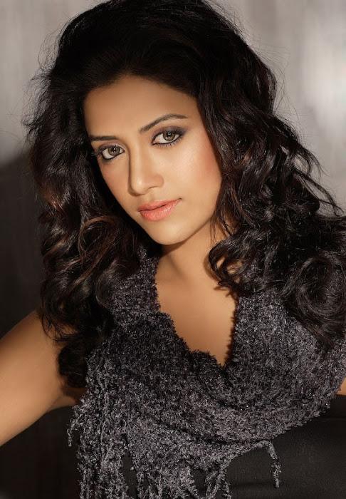 mamatha mohan shoot glamour  images