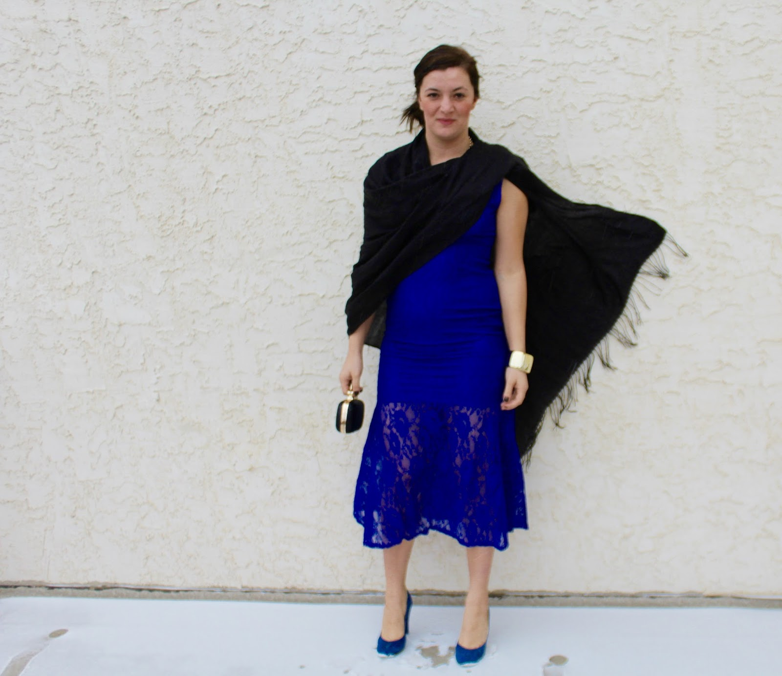 2019 year style- Blue royal dress what shoes to wear