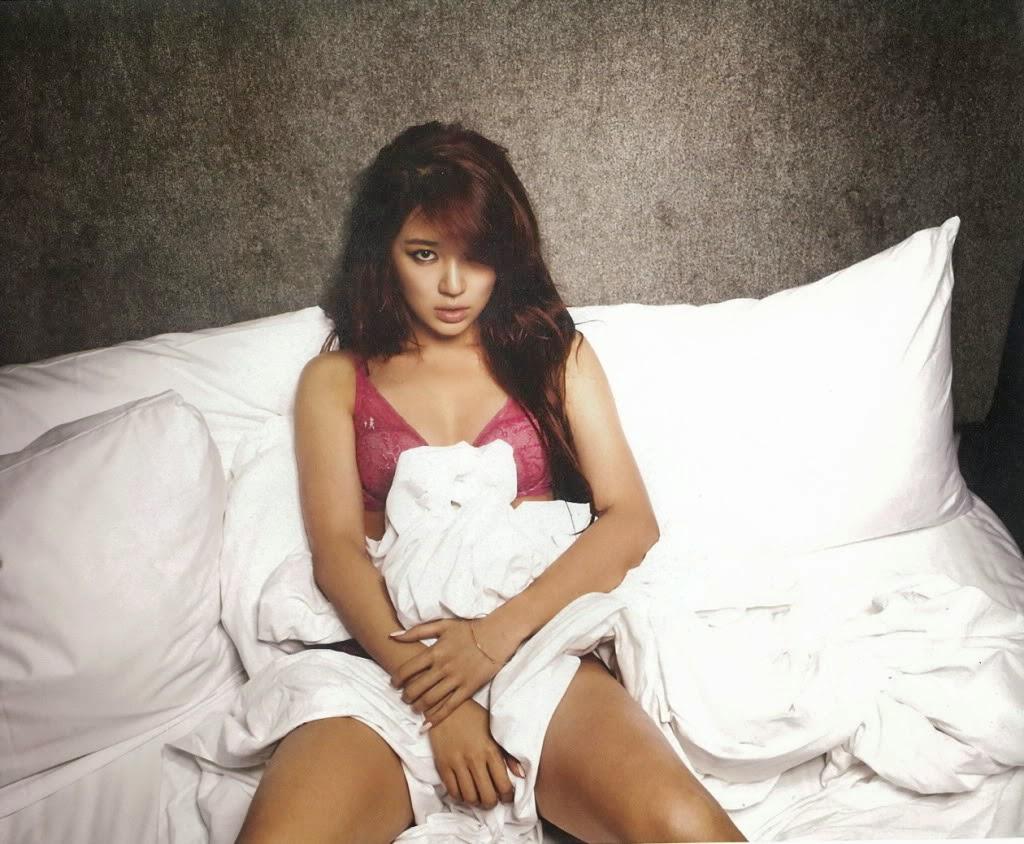 Yoon Eun-Hye photo 005