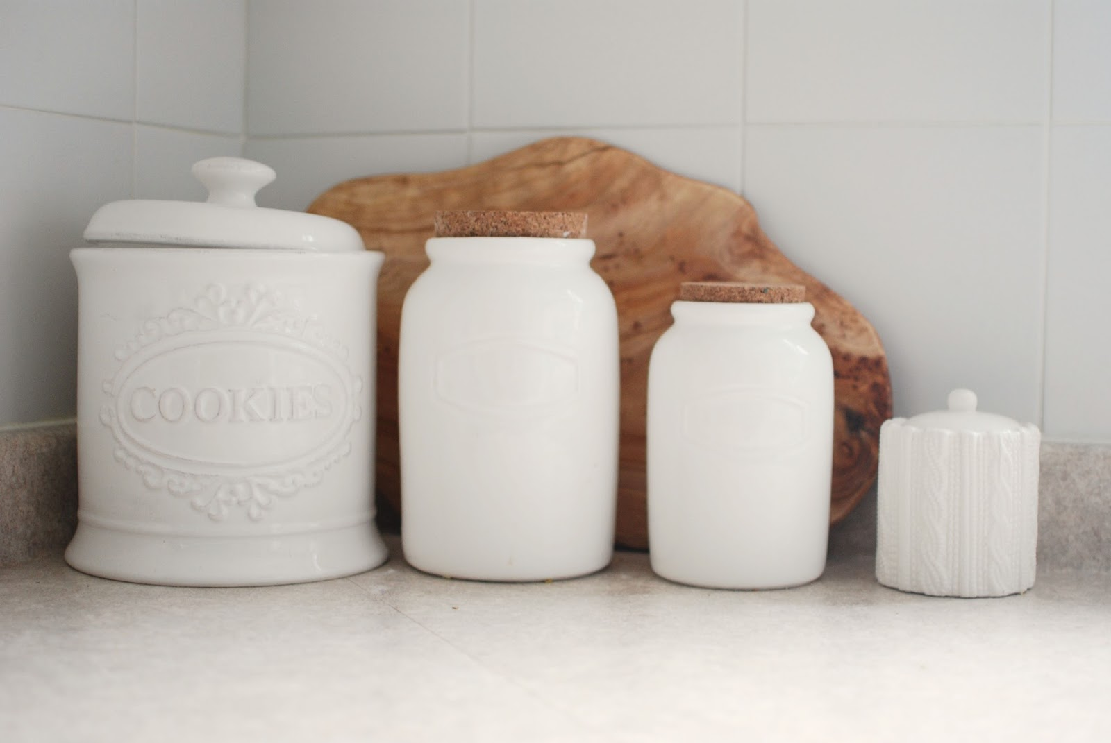 kitchen decor, kitchen jars