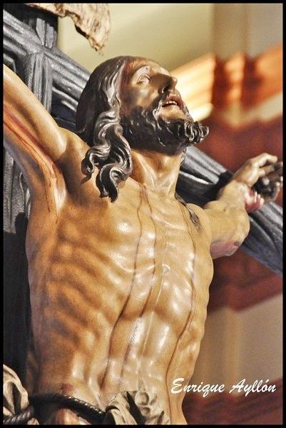 Paso del Cristo de la Expiración El Cachorro Triana Calle Castilla Sevilla 2013