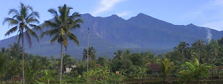 Gunung Galunggung Di Tasikmalaya