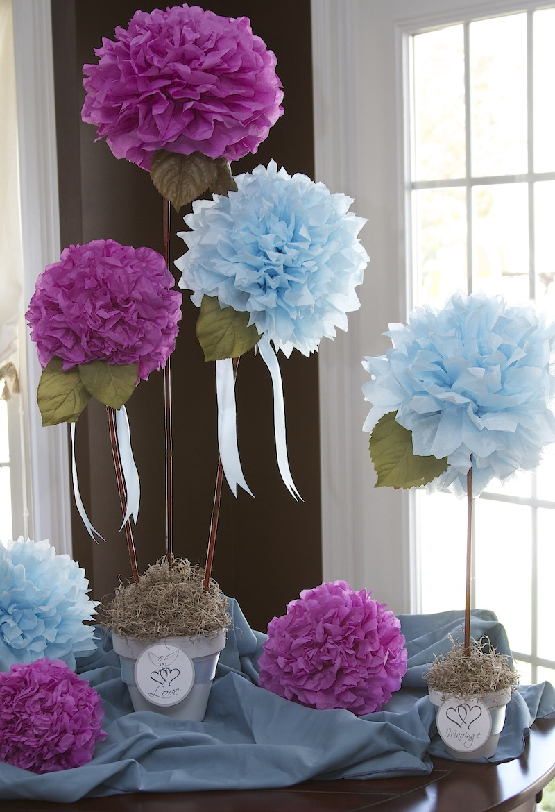 Love laughter decor cheap chic centerpiece for Inexpensive wedding centrepieces