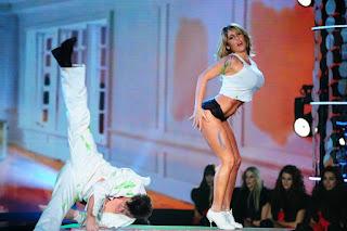 Ayelén Paleo y su Strip Dance en Bailando 2012