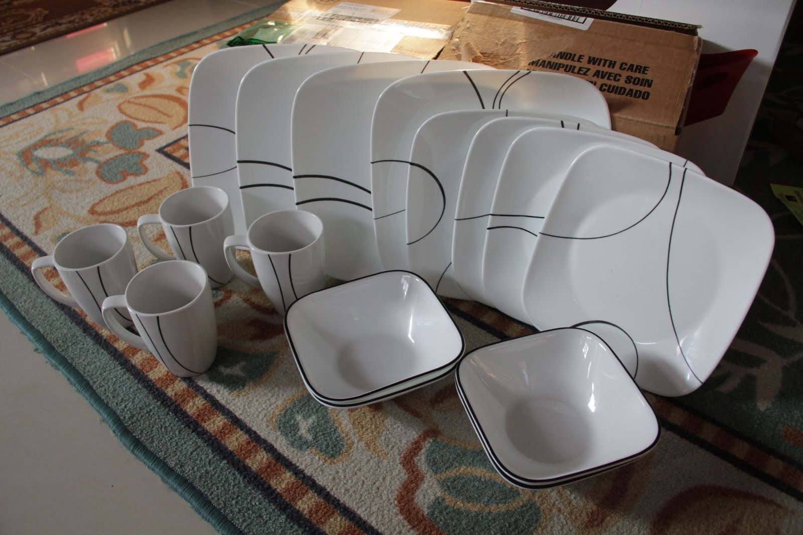Square™-Simple-Lines-16-pc-Set & Fabulous Five: COACH u0026 CORELLE