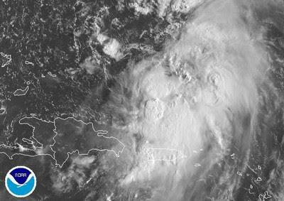 Tropischer Sturm MARIA schleicht nach Norden, und die Regenzone dehnt sich nach Süden auf Puerto Rico aus, Maria, Satellitenbild Satellitenbilder, Radar Doppler Radar, Puerto Rico, Karibik, Dominikanische Republik, Punta Cana, September, aktuell, 2011, Hurrikansaison 2011,