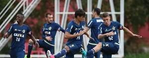 Confirmado: Éverton Ribeiro no Fla contra o Bahia