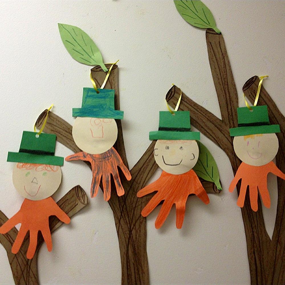 Montessori Classroom Decoration Decoration for around the