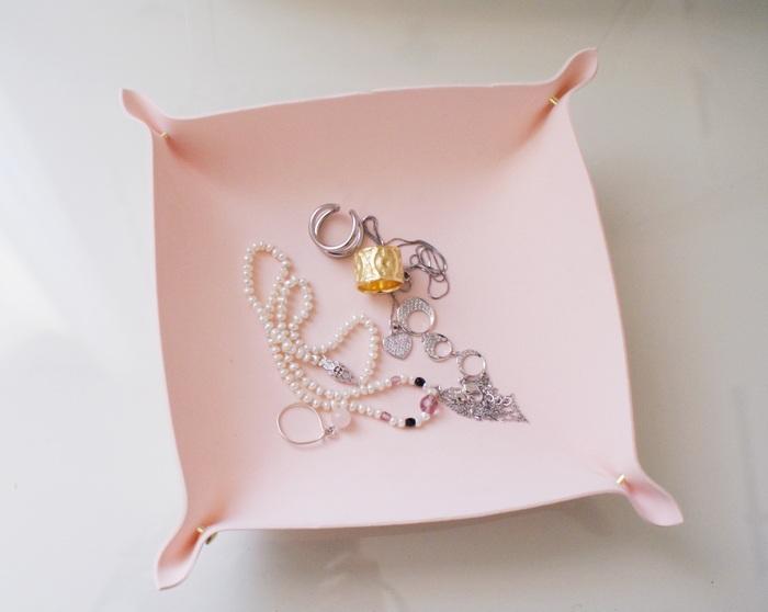 jewelry holder diy francinesplaceblog neoprene