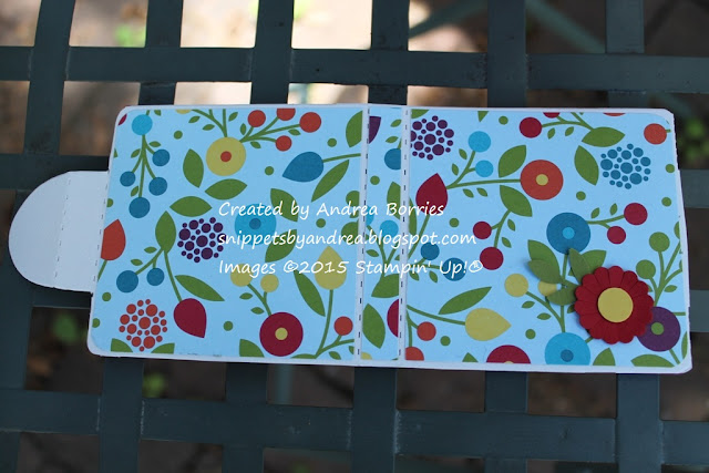 Pre-made holder for self-stick notepads decorated with Summer Smooches DSP and a punched flower.