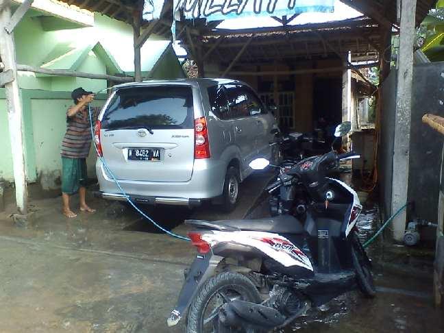 Gambar peluang usaha cucian mobil dan motor menjanjikan