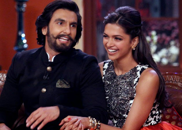 Deepika Padukone with Ranbeer Singh in Comendy Night with Kapil