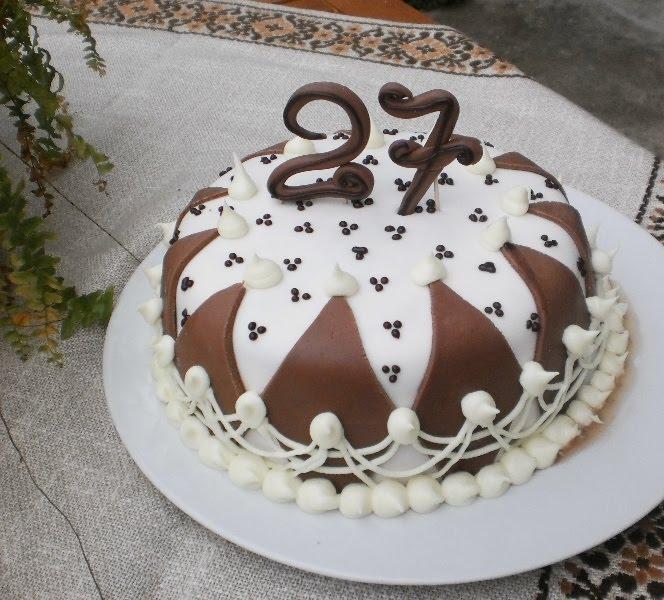 Torta per il compleanno di mary for Torte di compleanno particolari per uomo