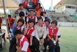 ประมวลภาพคณะกรรมการจัดการแข่งขันกรีฑา มหกรรมกีฬานักเรียนนักศึกษาจังหวัดสุรินทร์ ปีงบประมาณ 55