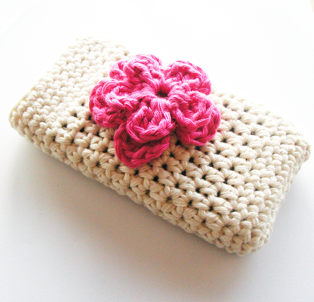 Free Crochet Pattern For I Phone Case : Annemaries Haakblog: Crochet Iphone-case