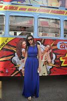 Varun Dhawan & Nargis promotes Main Tera Hero on Bus Ride