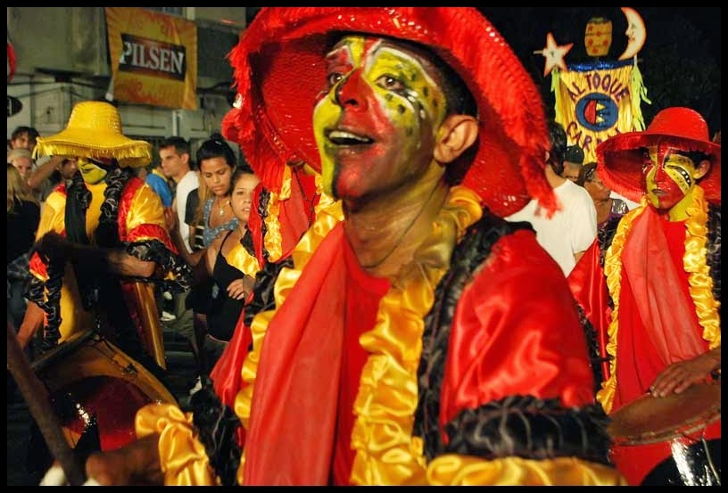 Desfile de Llamadas.Tucurucumba.. Montevideo. 2011.