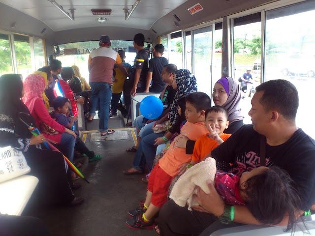 Perkhidmatan bas ke Karnival upin & Ipin di MAEPS