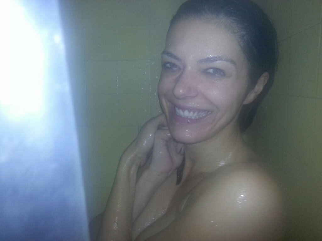 Logically correctly Adrianne curry naked shower