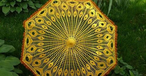 Зонтик связан крючком