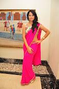 Anasuya dazzling saree photos-thumbnail-8