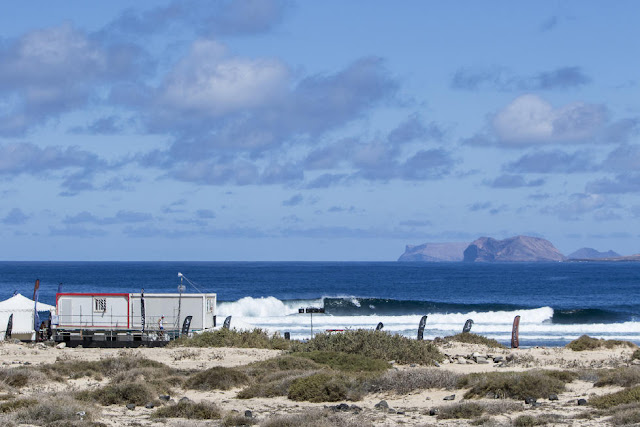 12 Lineup Teguise 2015 Franito Pro Junior Foto_WSL Gines Diaz