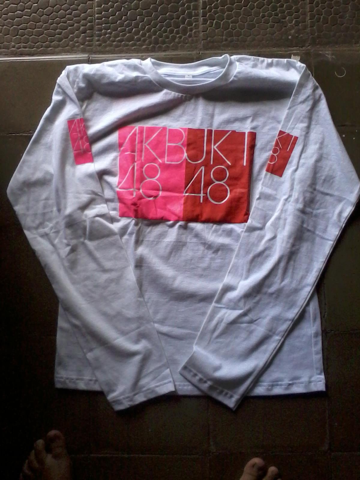 Desain t shirt jkt48 -  Done Kaos Jkt48 Tampak Belakang Angka 4 Terbentuk Dari Twitter Member Jkt48 Angka 8 Terbentuk Dari Nama Panggilan Member Akb48 Bahan Cotton Combed